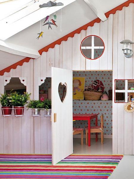 little-house-in-attic-kidsroom1.jpg