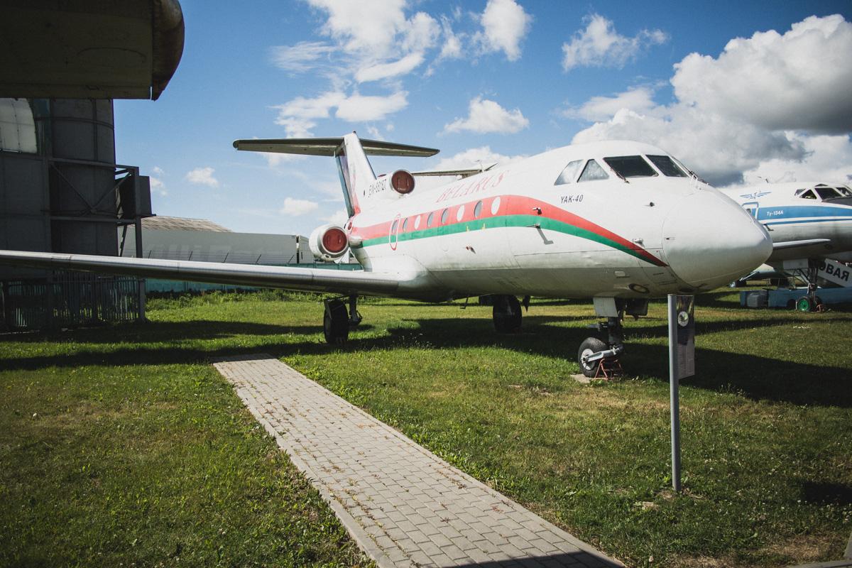 Ближнемагистральный пассажирский самолет Як-40. Первый в мире реактивный самолет для региональных ав