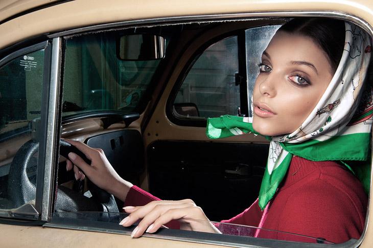 Эмили Соуза в фотосессии фэшн-фотографа Густаво Шамса