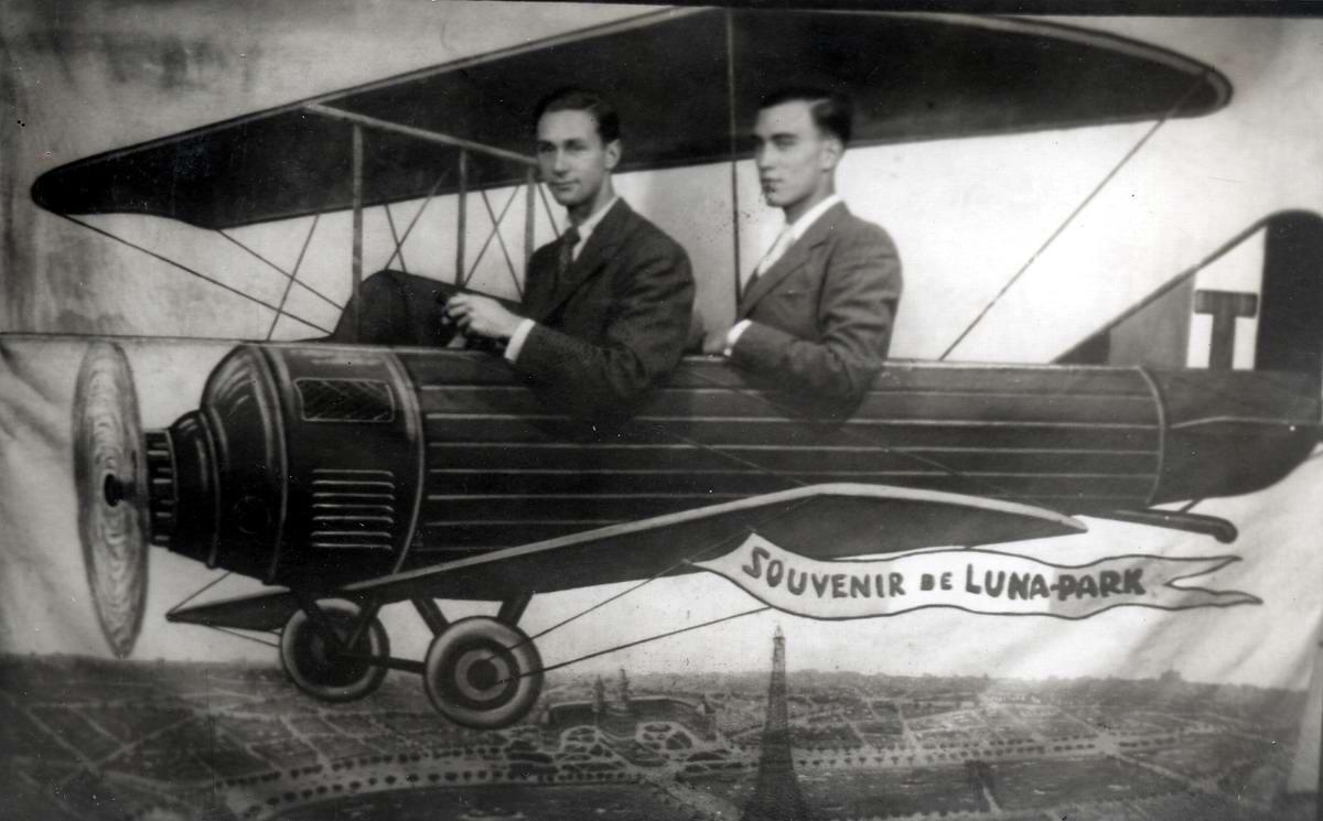 Художественные фоны для фотографий авиационной и воздухоплавательной тематики (23)