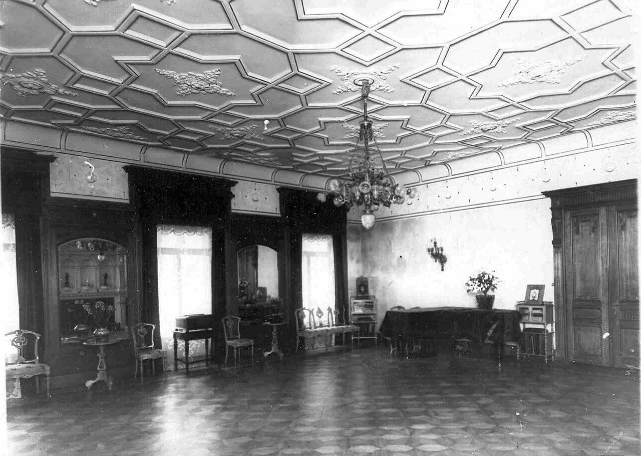 15. Часть зала в особняке И.Д.Бонштедта