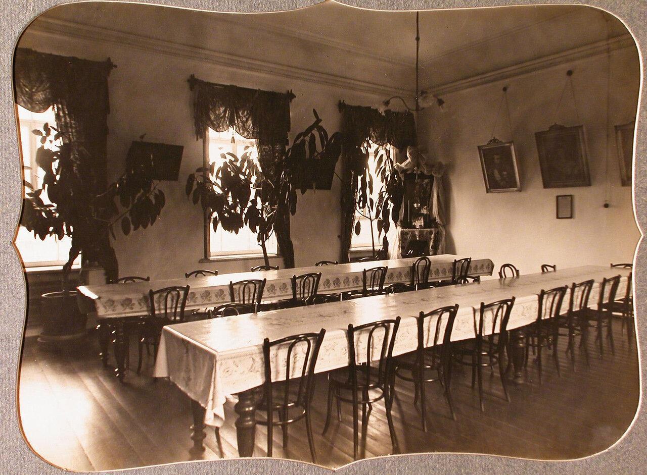 08. Вид части столовой общины