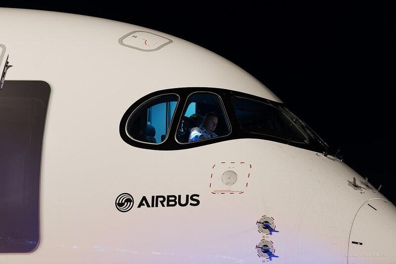 Airbus A350-941 (F-WWYB) Airbus D807014