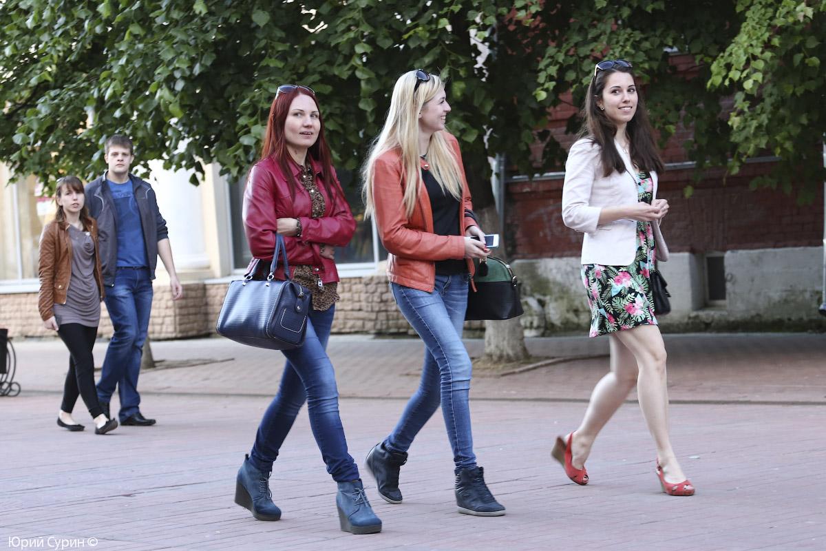 Голые русские девочкина улице фото 467-60