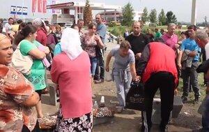 Противники мобилизации в Черновицкой области - перекрыли дорогу
