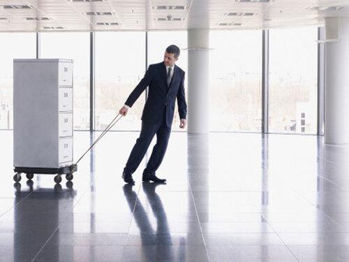 Как правильно сэкономить при переезде офиса?