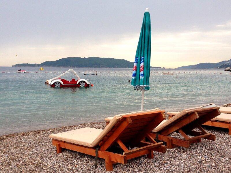 пляж Каменово в Черногории