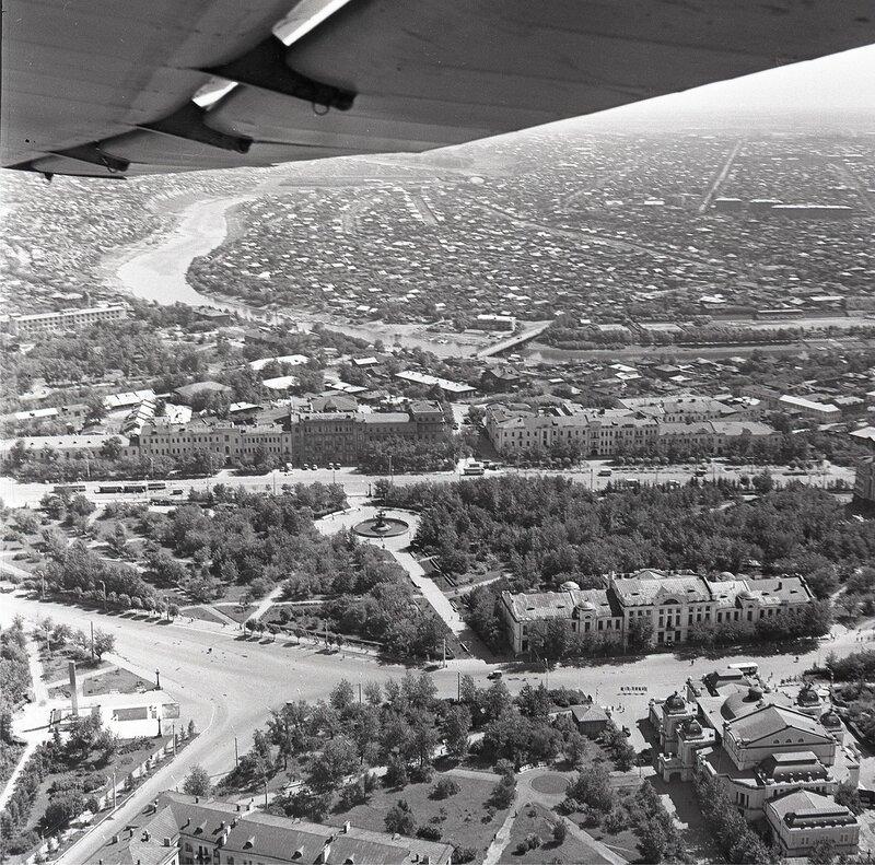 Фрумгарц МИ Город с самолёта Як-12 июнь 1968.jpg