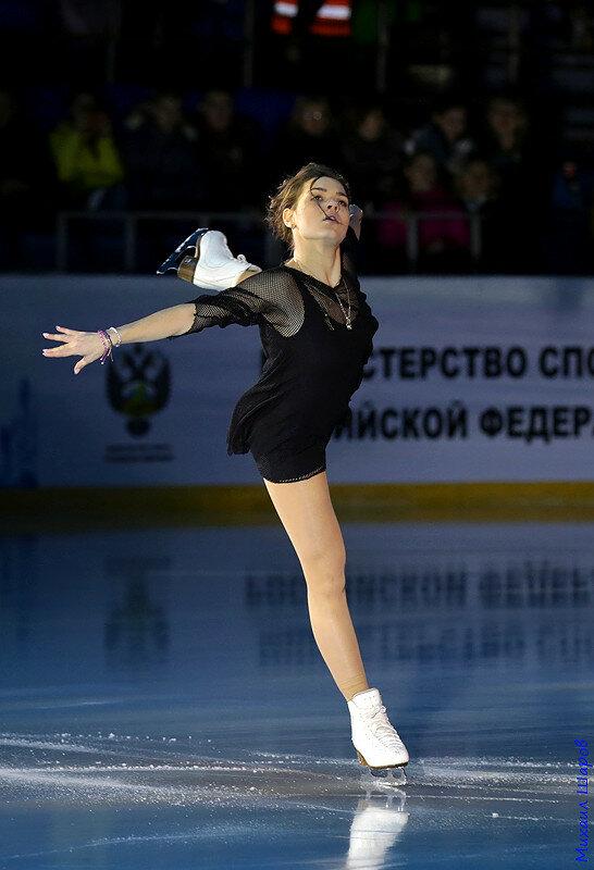 Аделина Сотникова - 2 0_148103_963c6892_XL
