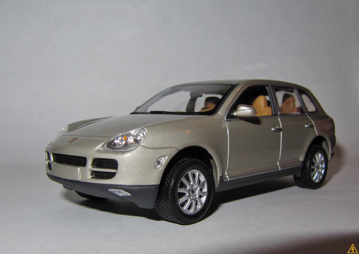 Porsche Cayenne (Minichamps)