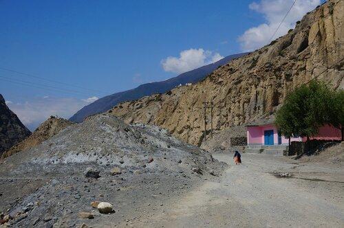 Пыльные дороги обжитых Гималаев
