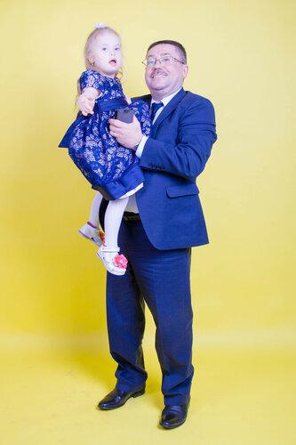Министр социальной политики Андрей Злоказов снялся в социальной рекламе