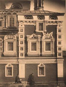 Вид части стены северо-западного придела церкви Казанской Божией Матери. Марково с.