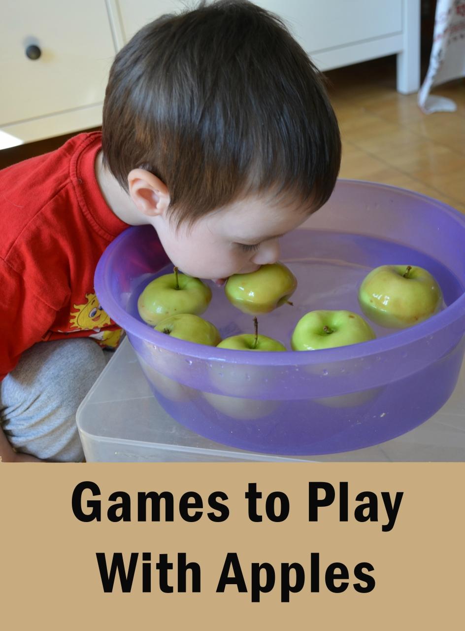 Apple activities. Игры для детей с яблоками. Штампы из яблок. Игры для развития детей.