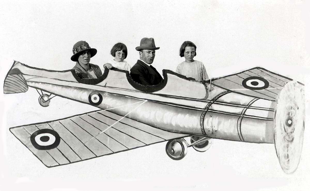 Художественные фоны для фотографий авиационной и воздухоплавательной тематики (10)