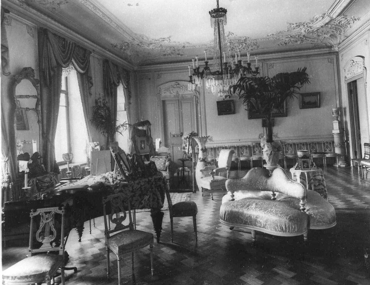 28. Гостиная в Болгарском посольстве.1913