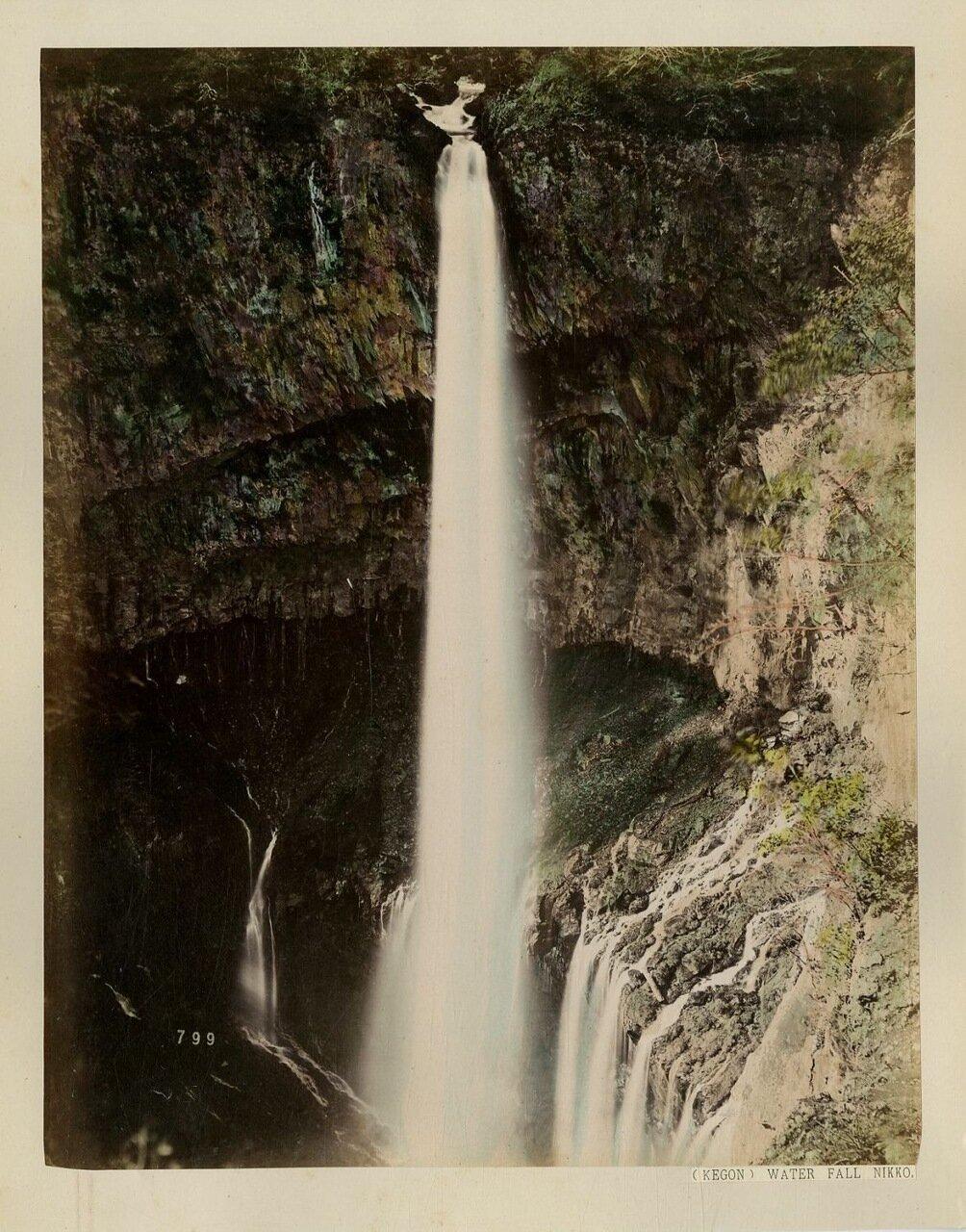 Никко. Окрестности. Водопад Курифури на горе Куроками
