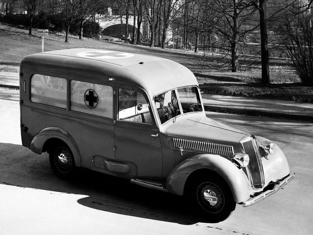 1940_Lancia_Artena_Ambulance_4a_series_441_emergency_retro_2048x1536.jpg