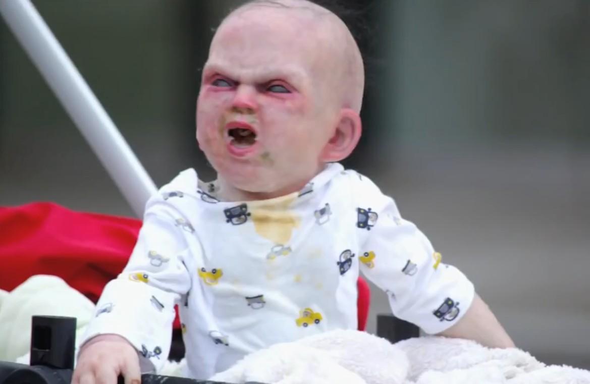 кукла ребенок из фильмов ужасов