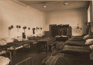Вид комнаты для санитаров в помещении госпиталя.
