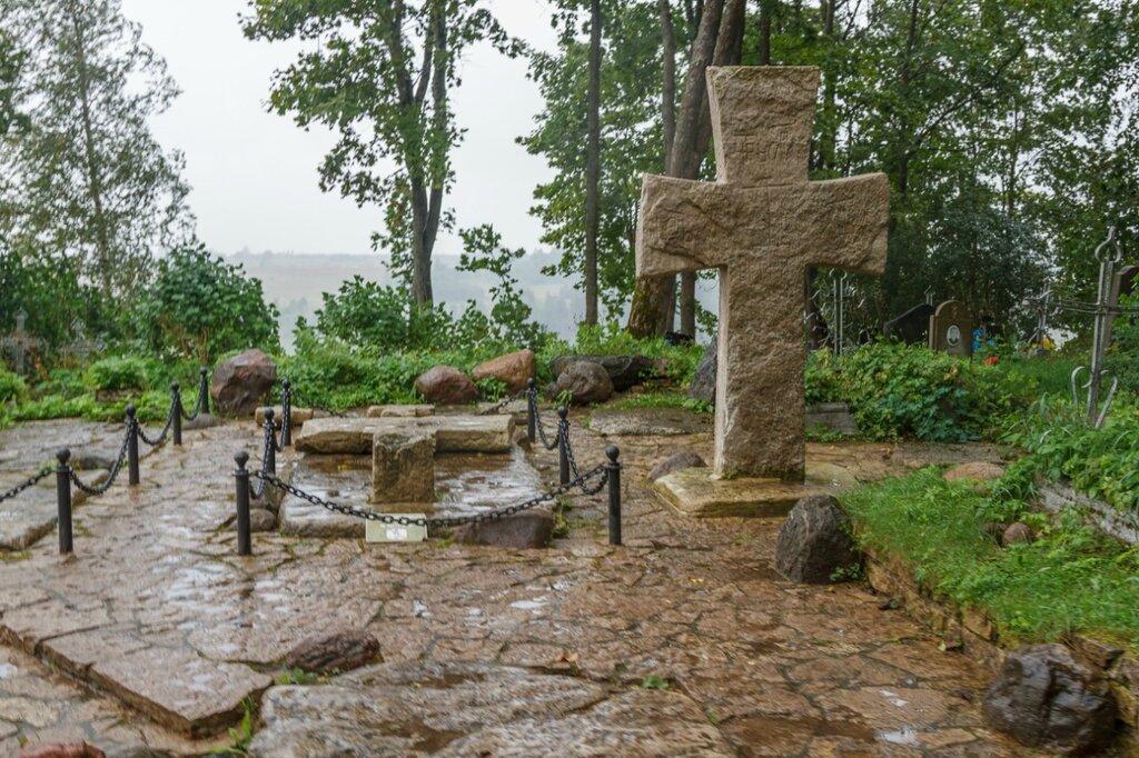 Труворов крест, Изборск