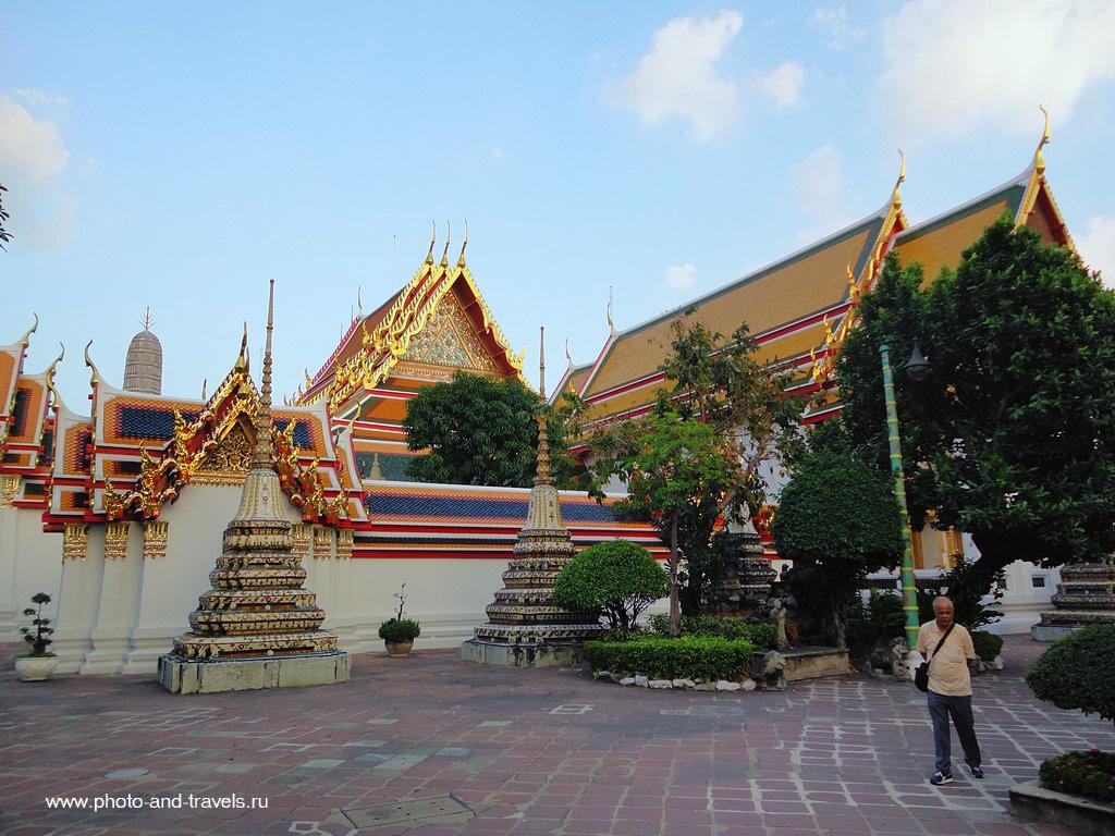 24. Посетили в Бангкоке Храм Лежащего Будды. Отзывы об экскурсиях в Таиланде.