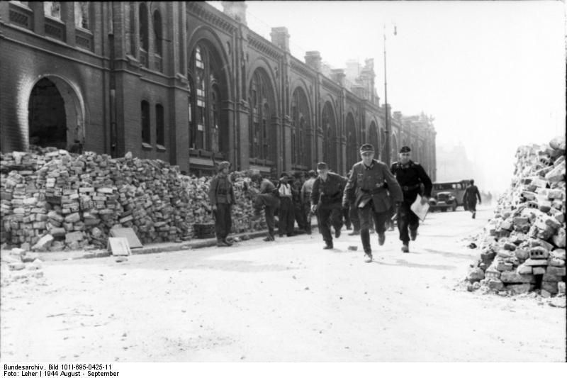 Warschauer Aufstand, Infanteristen, Panzersoldat