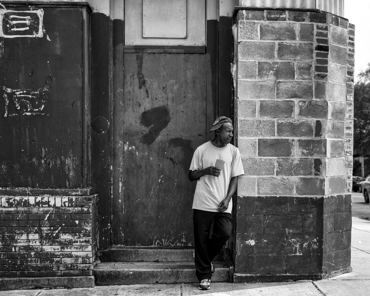 Неулыбчивая Америка: Черно-белая жизнь в бедных кварталах современного Балтимора (2)