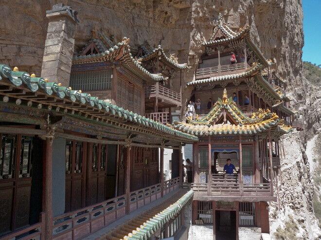 Висячий монастырь Сюанькун-сы. Китай