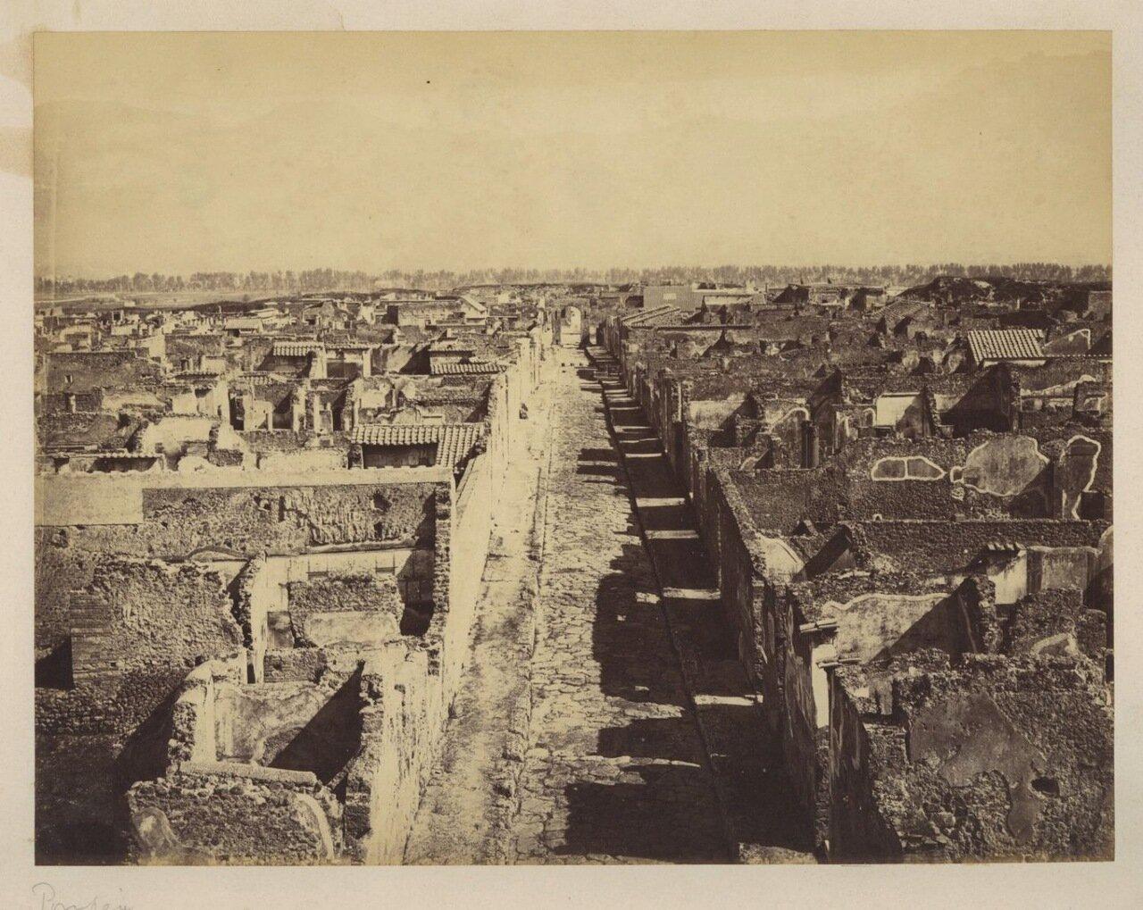 1879. Панорама города