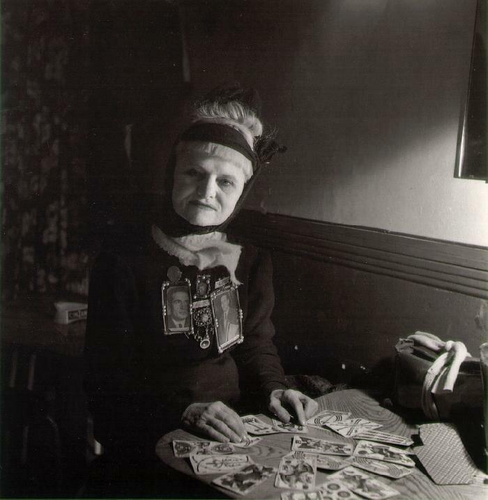 1961. Гадалка
