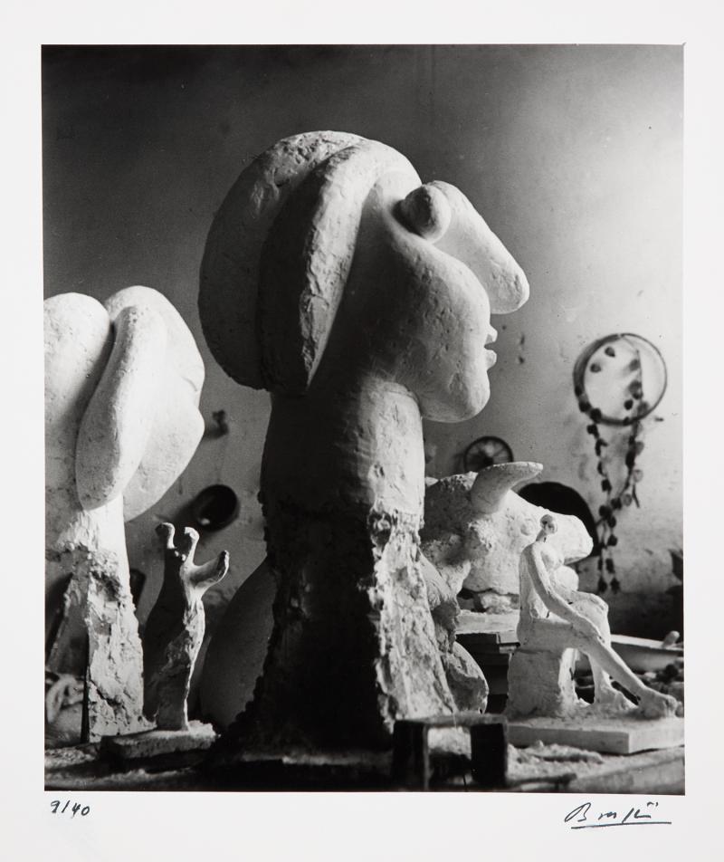 1932. Скульптуры в мастерской Пикассо в Буажелу