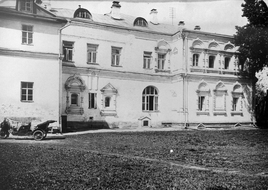 646. Палаты Аверкия Кириллова на Берсеневской набережной