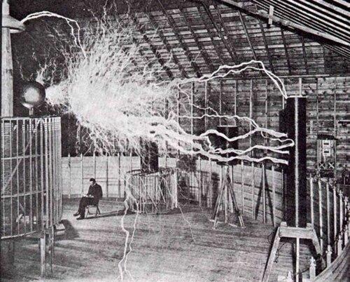 Тесла в лаборатории