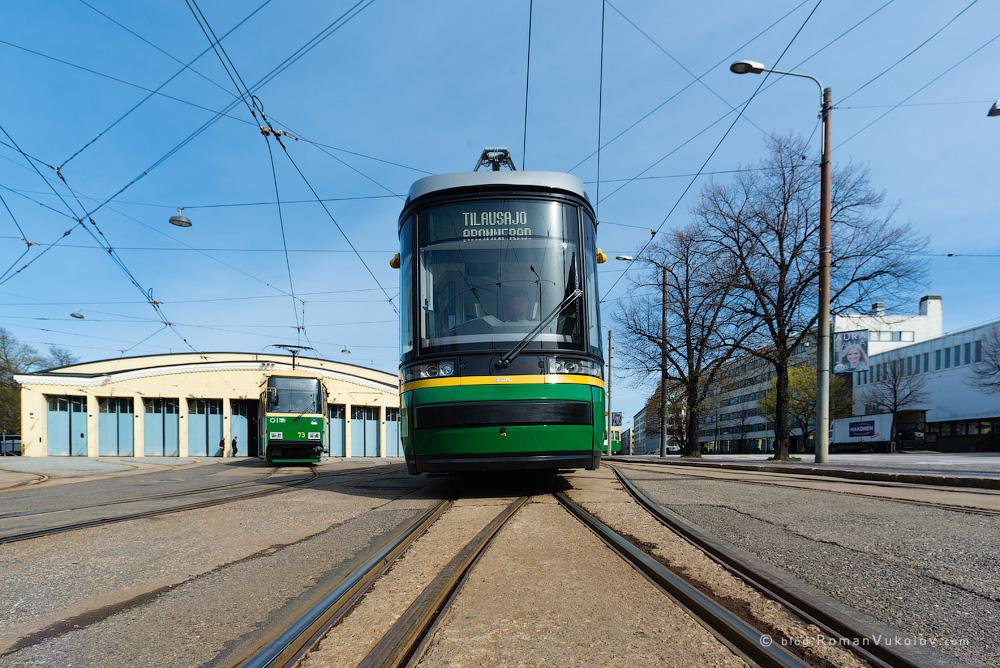 колея в Хельсинки узкая,