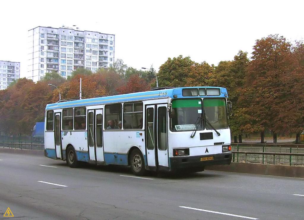 ЛАЗ-52527 №1555