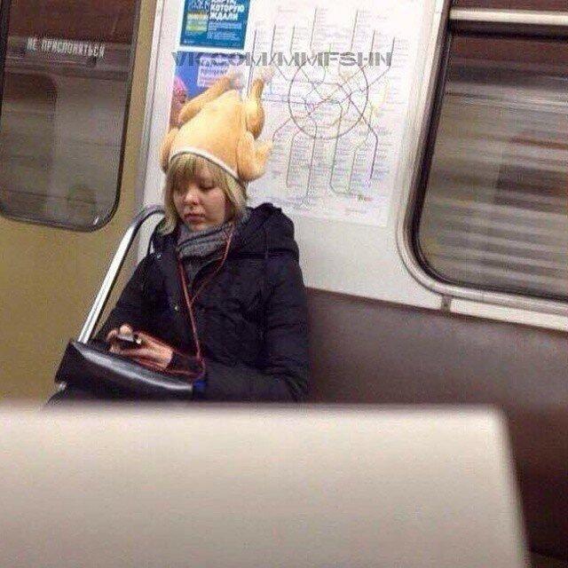 самые-странные-люди-в-метро3.jpg