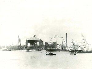 Момент спуска линейного корабля Севастополь на воду.