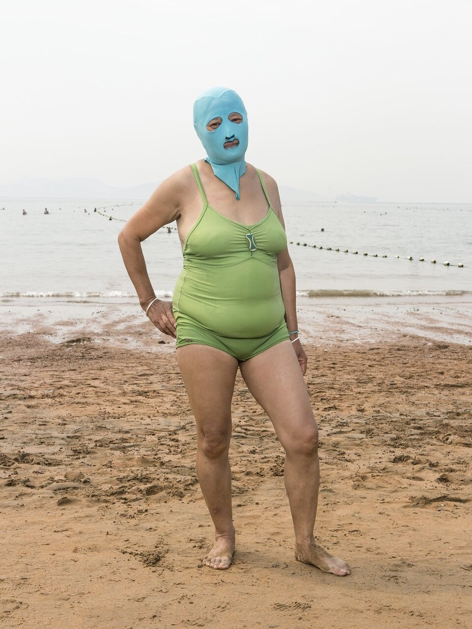Приколы на море с женщинами 3 фотография
