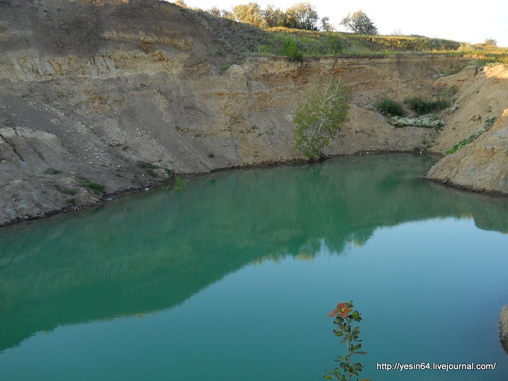 является прямым голубое озеро энгельс фото настоящее