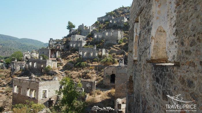 заброшенные древние дома