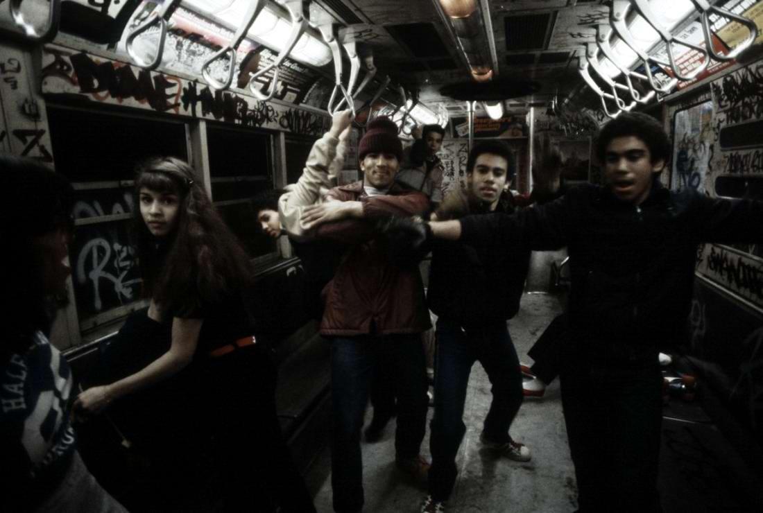 Американский фотограф Christopher Morris: Граффити и андеграунд нью-йоркского метро (21)