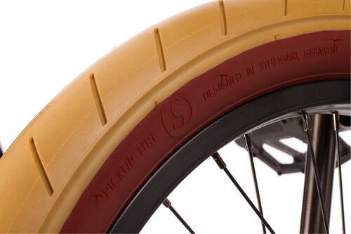 wire-savage-grey-gum-tire.jpg