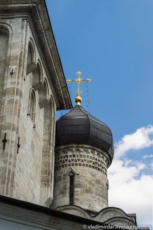 Глава южного придела святой Екатерины Храма Преображения