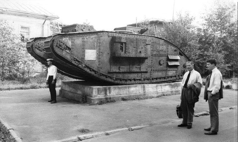tank 1966 1 2.jpg