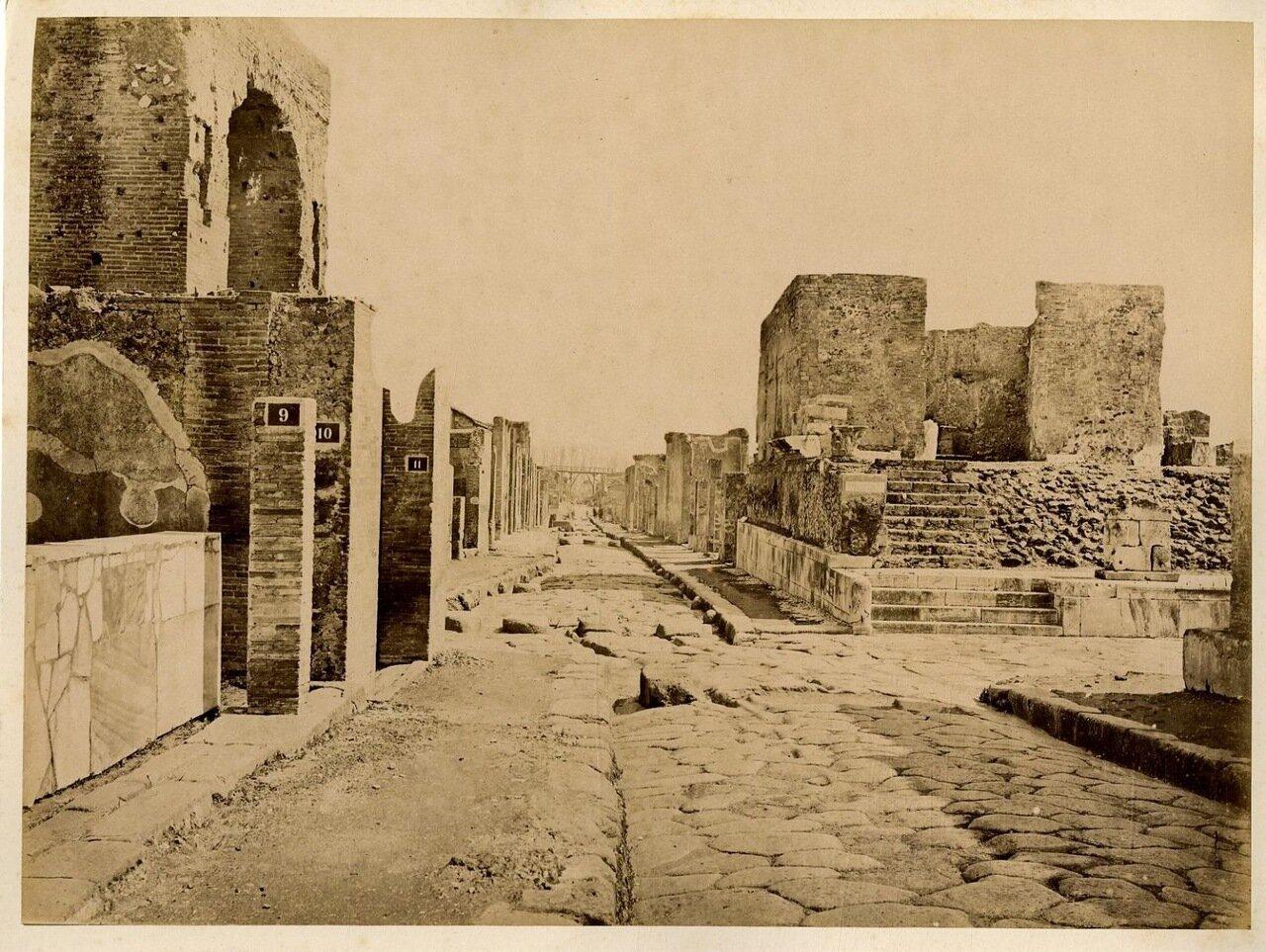 1880. Улица