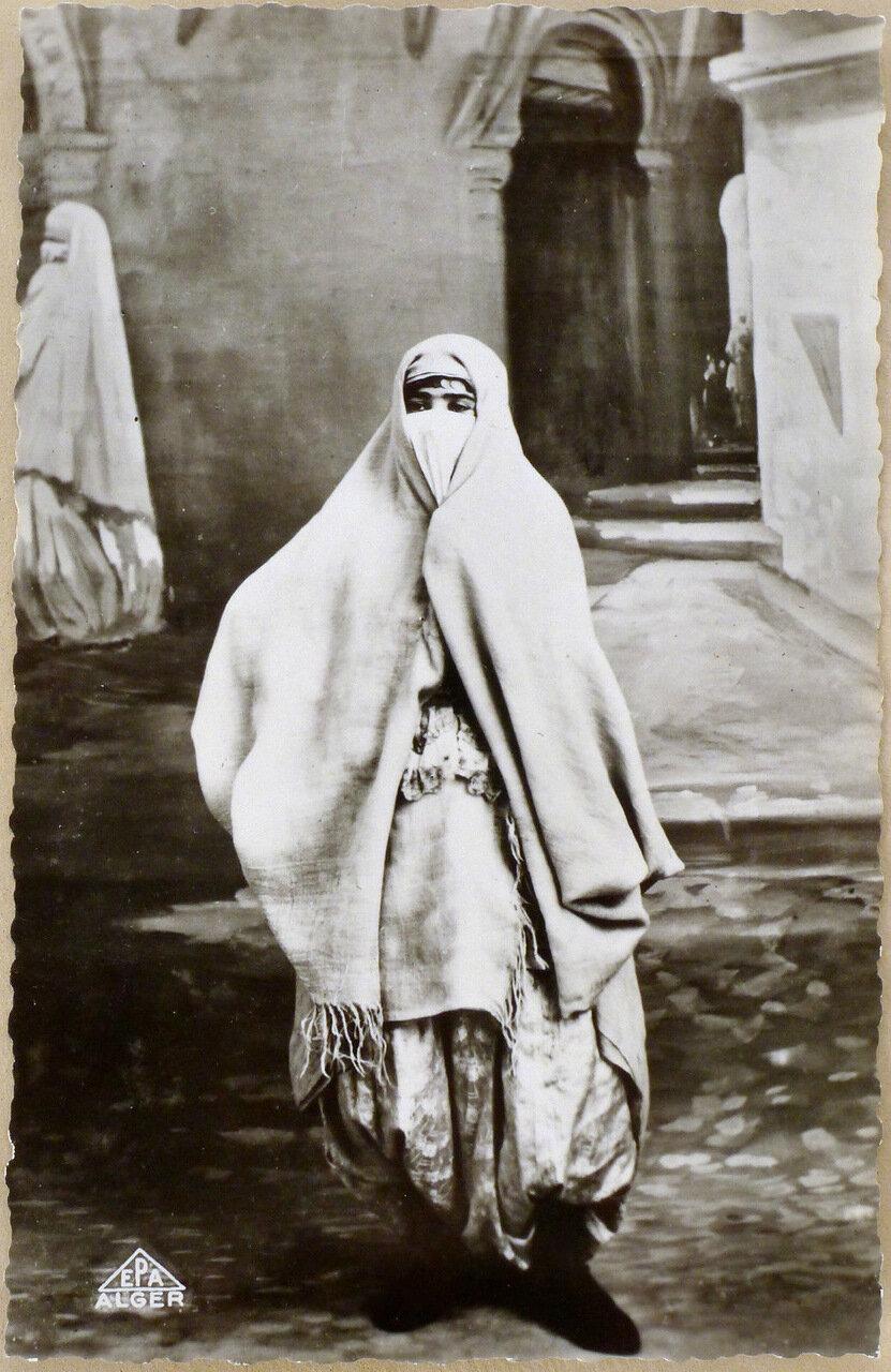 1900-е. Женщина из северного Алжира