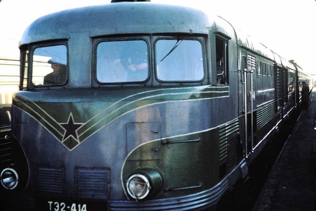 Moscow-Helsinki, Russian engine.  9/28/68