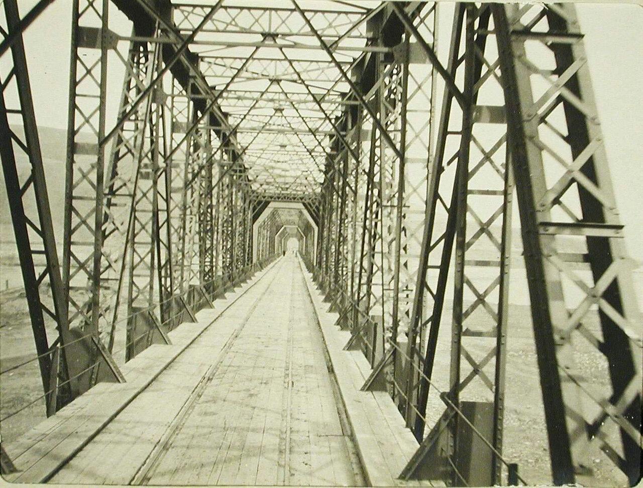 39. Вид моста через реку Селенгу
