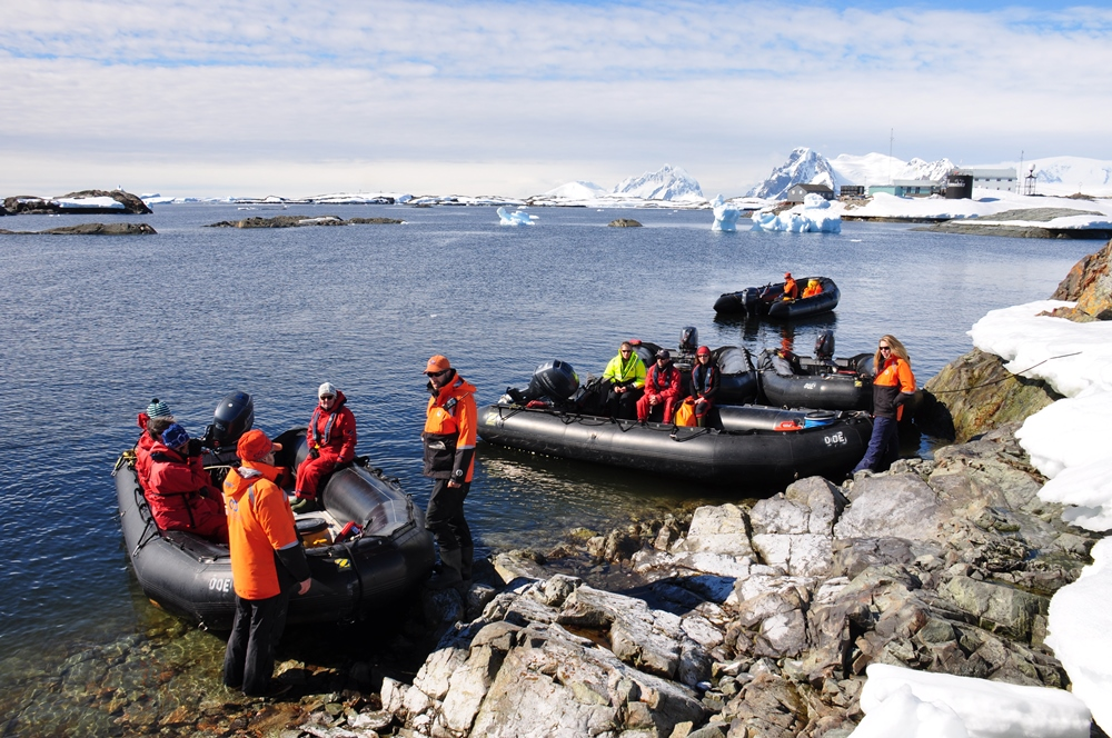 """22-я антарктическая экспедиция отправилась на станцию """"Академик Вернадский"""" - Цензор.НЕТ 7048"""